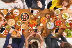 Заведения за бързо хранене и ресторанти